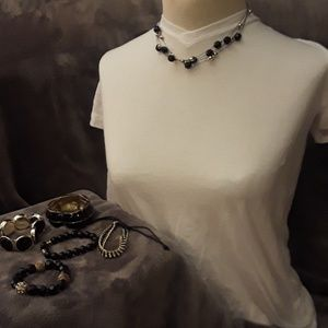 Jewelry - Necklace and bracelet bundle